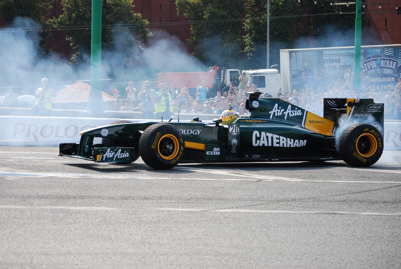 5947575708 0c074bef76 Team Lotus In Moscow O
