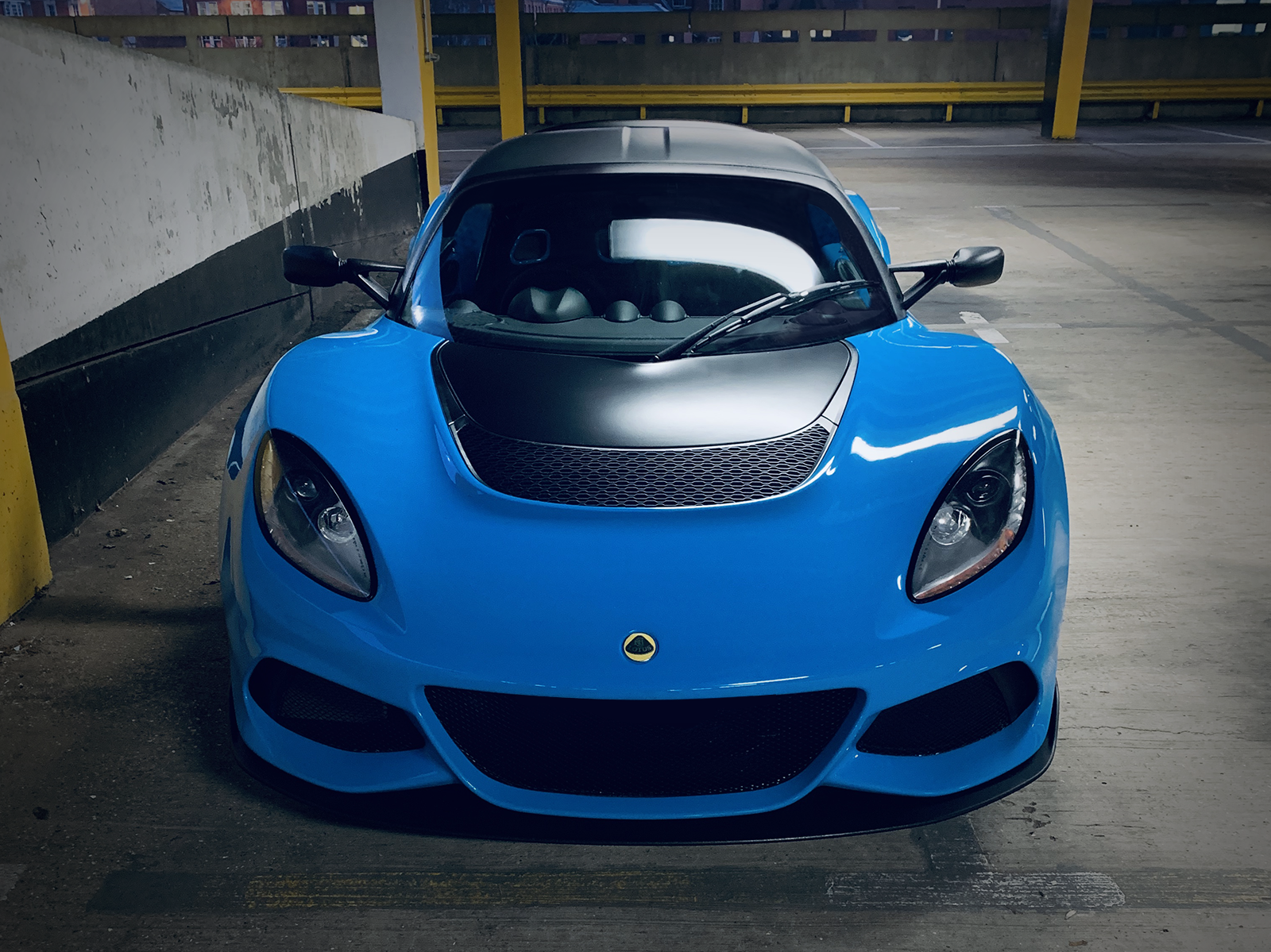 2019_Exige_350_Riviera_Blue.png